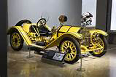 ken gross once director of the petersen automotive museum in los angeles wrote in businessweek february 9 2007 about the mercer 35r raceabout